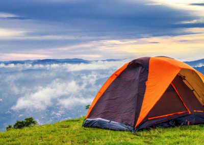 ¿Se puede acampar libremente en España si recorres el Camino de Santiago?