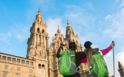 Alfonso Rueda destaca la recuperación del turismo con la llegada de casi 35.000 peregrinos este año